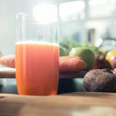 Få en sunn start på dagen med din egen juicedrikk