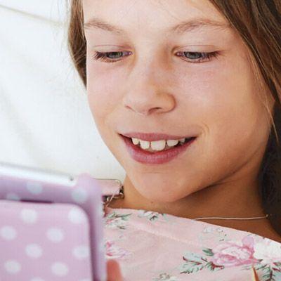 nettbrett og mobil kan gi barna mye glede, og lærdom